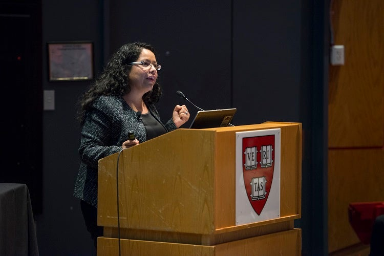 Maribel Hernandez Rivera AB '04 discusses her career as an immigrant rights attorney.