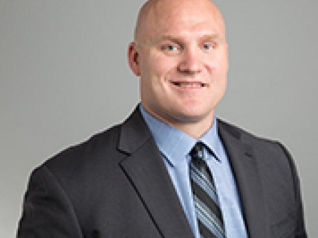 Isaiah Kacyvenski '00, MBA '11
