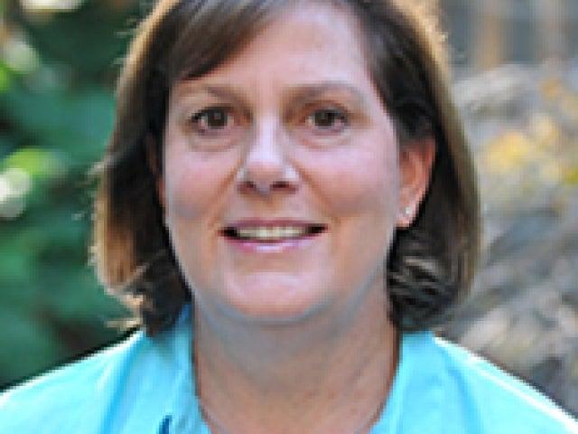 Beth Tomasello '81