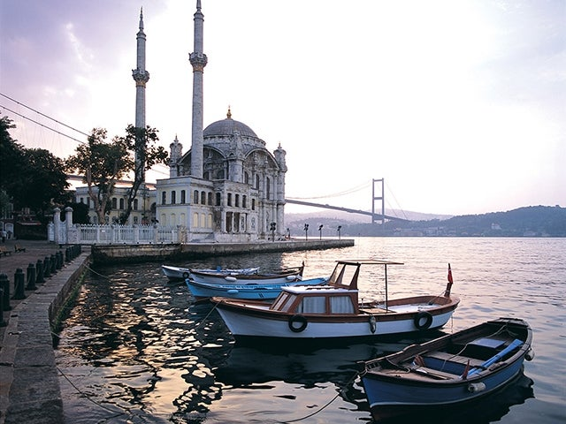 ships in front of Ortakoy mosque